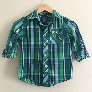 boy's long sleeve button up top size 6-7